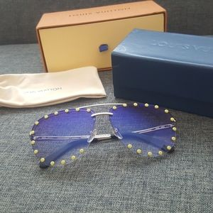 Authentic Louis Vuitton The Party Sunglass…